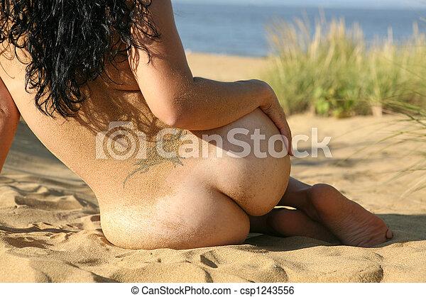 Danniashe bikini photos