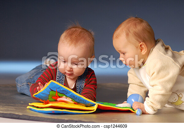 tocando, bebês, brinquedos - csp1244609