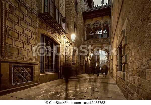 Bridge at Carrer del Bisbe  in Barri Gotic, Barcelona - csp12458758