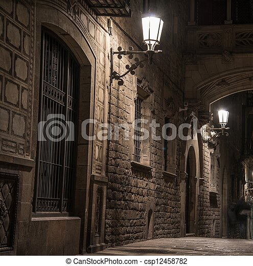 Bridge at Carrer del Bisbe  in Barri Gotic, Barcelona - csp12458782