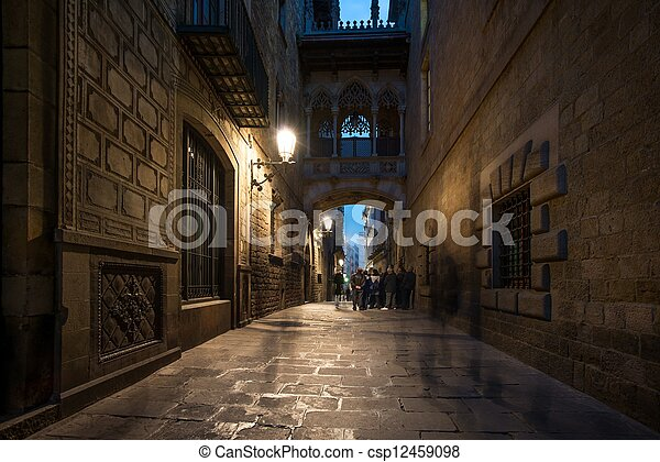 Bridge at Carrer del Bisbe  in Barri Gotic, Barcelona - csp12459098
