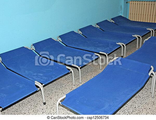 photos de bleu dortoir peu ofa camp cole dormir lits cr che csp12506734. Black Bedroom Furniture Sets. Home Design Ideas