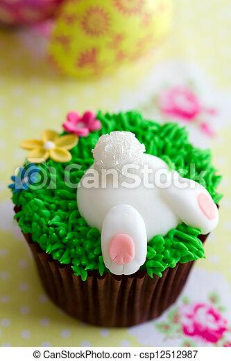 Easter cupcake - csp12512987