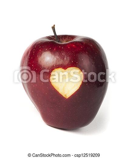 苹果雕刻心步骤