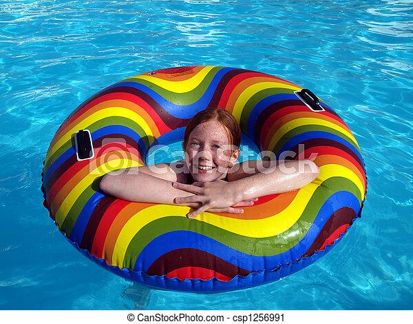photographies de caoutchouc girl anneau piscine natation red csp1256991 recherchez. Black Bedroom Furniture Sets. Home Design Ideas