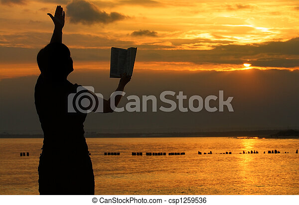 prier, femme,  bible - csp1259536