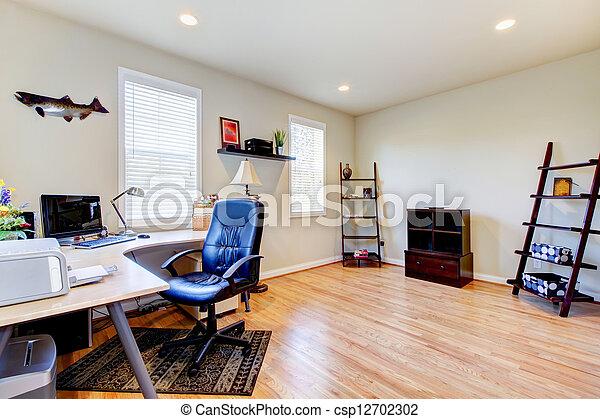 photographies de maison bureau bois dur plancher simple meubles csp12702302. Black Bedroom Furniture Sets. Home Design Ideas