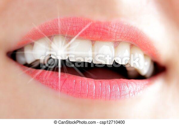 光, 婦女, 反射, 年輕, 牙齒 - csp12710400