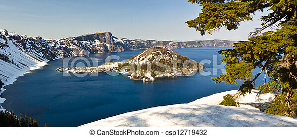 Winter View of Crater Lake - csp12719432