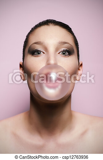femme, souffler,  a, grand, bulle, gencive, bulle - csp12763936