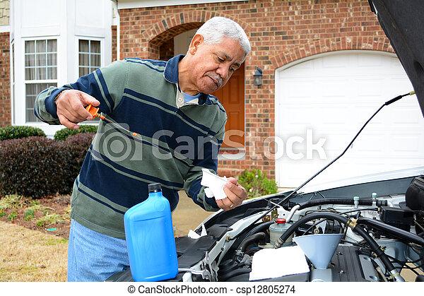 mecánico, trabajando, en, coche - csp12805274