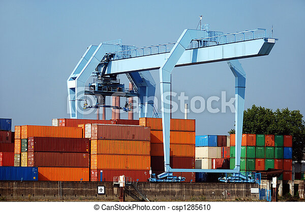Dock crane with containers - csp1285610