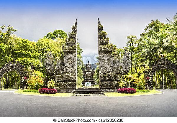 Ekakarya Botanic Garden - csp12856238