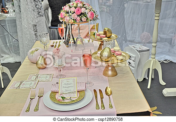 Elegant wedding table place settings - csp12890758