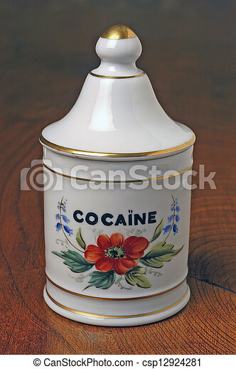 pharmaceutical pot of cocaine - csp12924281