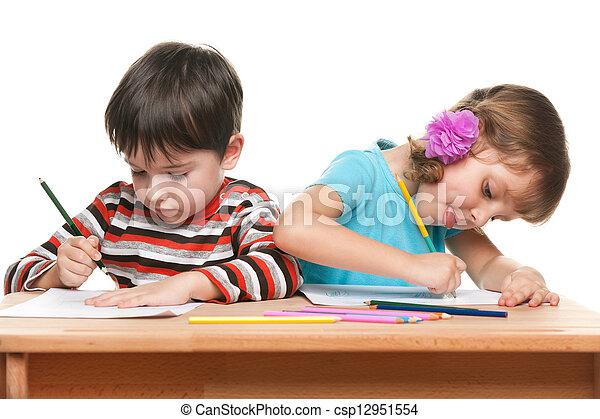 Stock im genes de ni os escribir escritorio poco ni o - Escritorio para escribir ...