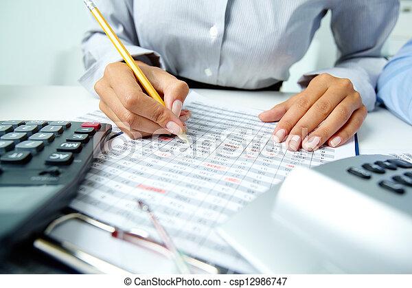 contabilidade, notas - csp12986747