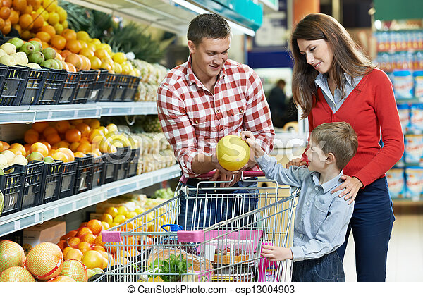 Family with child shopping fruits - csp13004903
