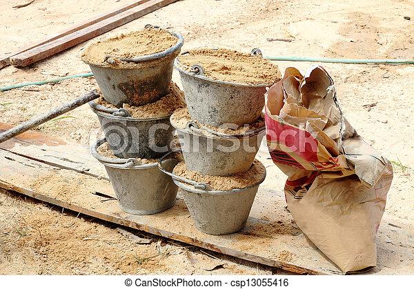 photographies de m lange sable seau ciment sable dans seau pour csp13055416. Black Bedroom Furniture Sets. Home Design Ideas