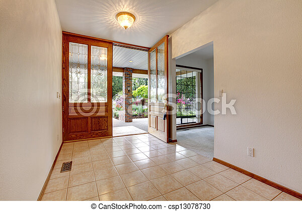 Photos De Vide Devant Entr E Ouvert Porte Maison