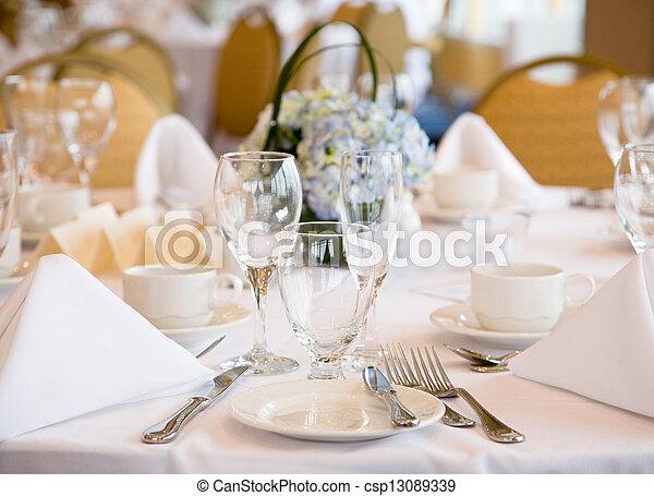 Elegant banquet wedding table setting - csp13089339