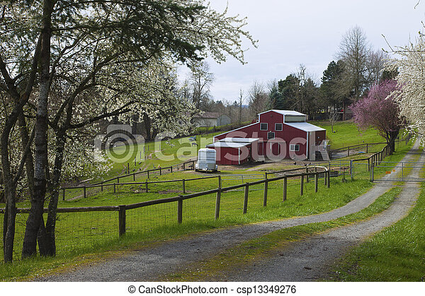 Family farm in rural Oregon. - csp13349276