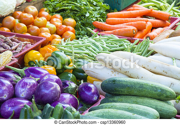 grönsaken, stå, marknaden, våt - csp13360960