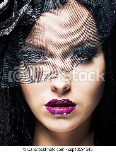 Romance. Portrait of Spectacular Styled Woman in Retro Black Veil - csp13594545