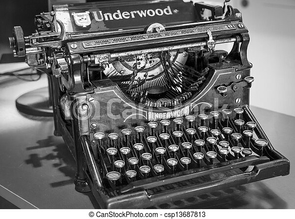 Photographies de antiquit manuel underwood machine - Machine a ecrire underwood ...