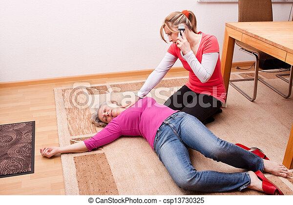 做, 婦女, 電話, 年輕, 緊急事件 - csp13730325