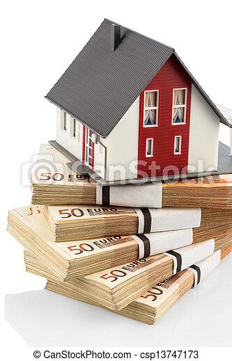 bilder von haus euro banknoten symbolisch foto daheim. Black Bedroom Furniture Sets. Home Design Ideas