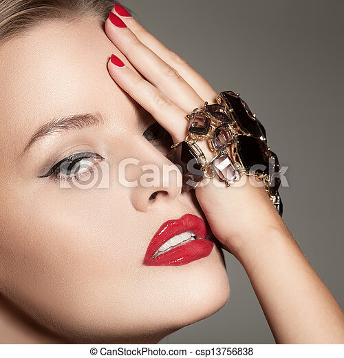 Fashion Portrait Of Beautiful Luxury Woman With Jewelry - csp13756838