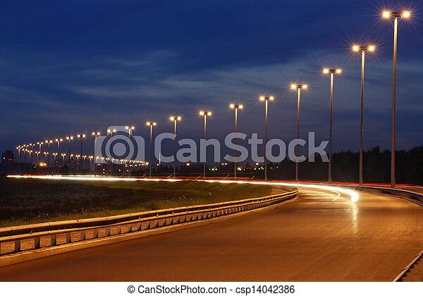 bilder von autobahn stra e beleuchtung mast nacht beleuchtung csp14042386 suchen sie. Black Bedroom Furniture Sets. Home Design Ideas