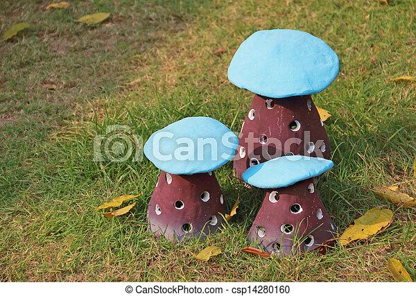 image de poterie jardin formulaire champignon d corer argile csp14280160 recherchez. Black Bedroom Furniture Sets. Home Design Ideas