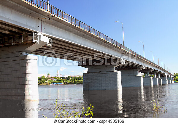 The automobile bridge. - csp14305166