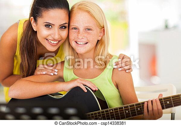 gitarr,  preteen, flicka, musik, privatläraren - csp14338381