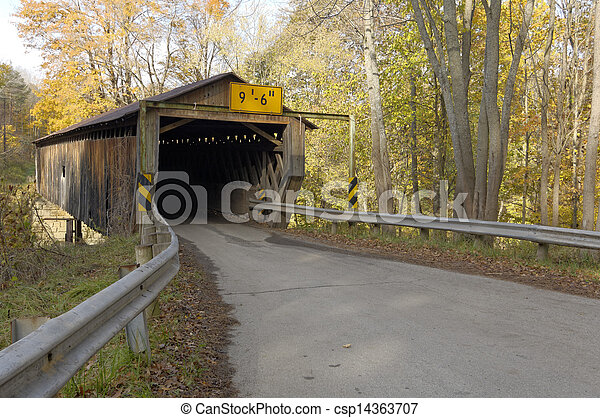 Covered bridges in Northeast Ohio Counties. Early Fall season. - csp14363707