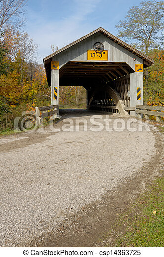 Covered bridges in Northeast Ohio Counties. Early Fall season. - csp14363725