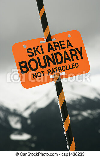 Ski area trail boundary sign. - csp1438233
