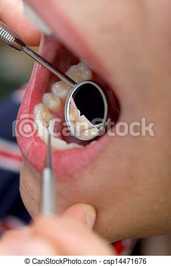 Extensive dental examination - csp14471676