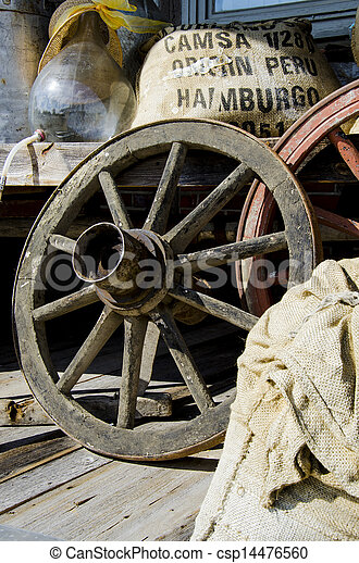 Vintage wagon wheel - csp14476560