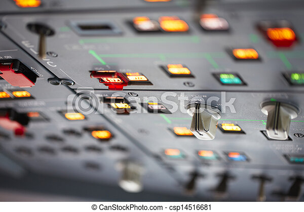 Immagini di cabina pilotaggio chiudere su vista su for Piani di cabina 20x20
