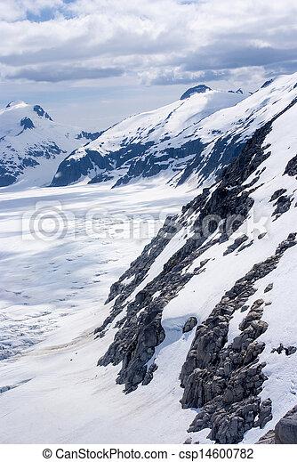 Alaska, aerial view of mountain - csp14600782