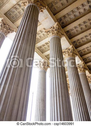 Banque de photographies de colonnes parlement vienne for Architecture symbolique