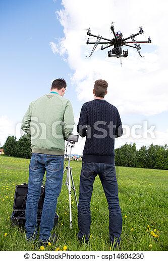 カメラマン, パイロット, 作動させなさい, uav - csp14604230