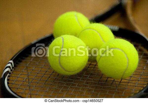 Photo de tennis balles mensonge raquette tas table - Choisir sa raquette de tennis de table ...