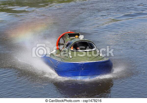 Boundary boat on an air cushion - csp1478216