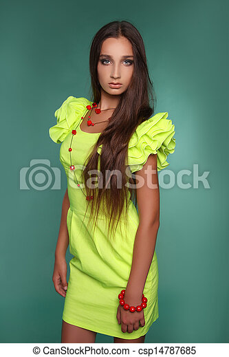 pictures of beautiful young woman with long brown hair