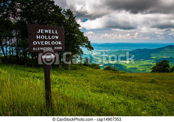 Overlook sign and view on Skyline Drive in Shenandoah National Park, Virginia. - csp14907353