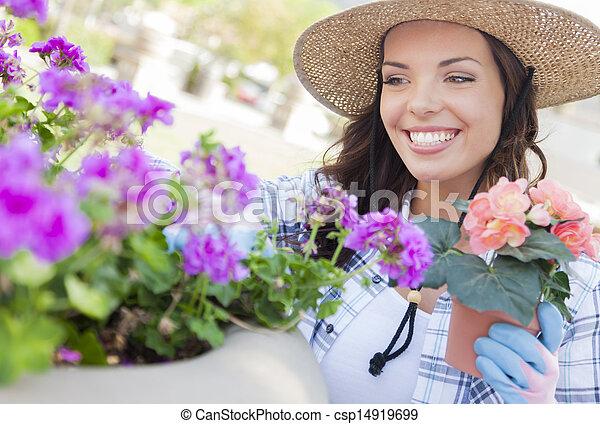穿, 婦女, 園藝, 年輕, 成人, 在戶外, 帽子 - csp14919699
